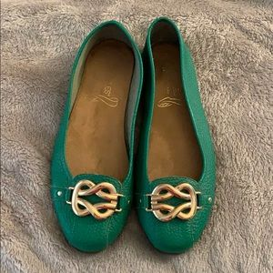 Aerosoles 7.5 Kelly Green Leather Buckle Flats